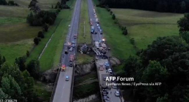 Nine Children Among 10 Killed In Storm-Hit Alabama Crash