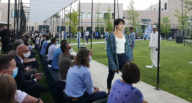 Live Audience 'Baby Steps' Back To Normality For Milan Fashion