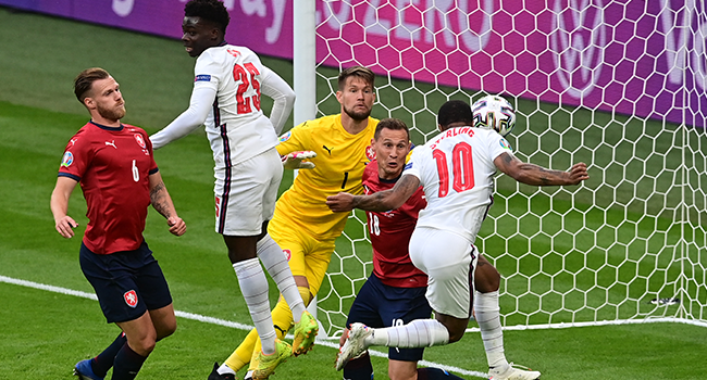 Sterling Strikes As England Beat Czechs To Top Euro 2020 Group