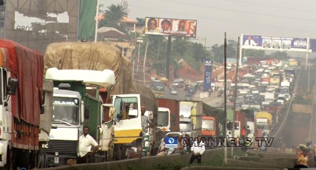 Lagos-Ibadan Expressway: Motorists, Commuters Lament Gridlock