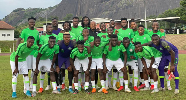 Eagles Land In America For Mexico Friendly
