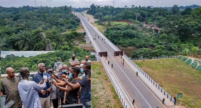How Nigeria-Cameroon $36m Border Bridge Will Facilitate Free Trade – Fashola