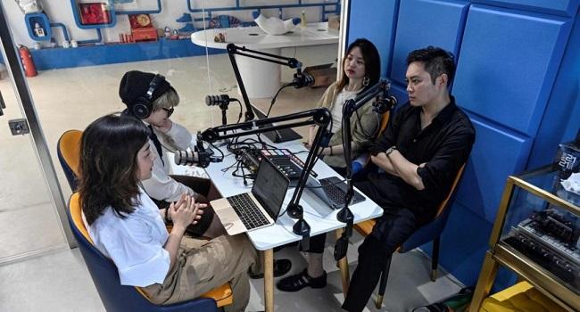 Podcasts Burst Onto China Youth Scene