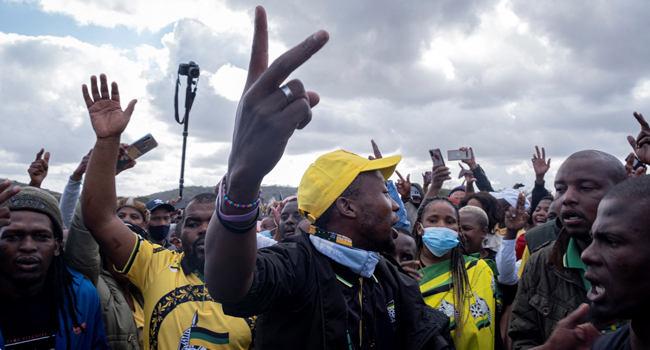 Protesters Vow To Make South Africa Ungovernable If Zuma Is Jailed