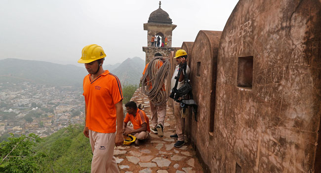 Lightning Kills 76 In India, Including Selfie-Takers