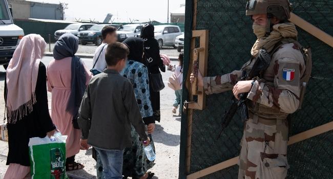 Afghans Race To Flee Taliban After Biden Confirms August 31st Airlift Deadline