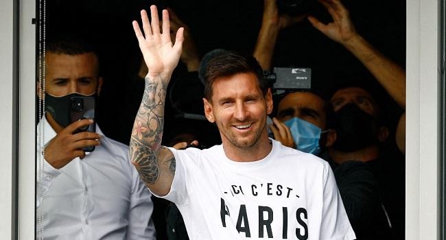 'Many Moments Of Joy:' Ronaldinho Wishes Messi Well At PSG