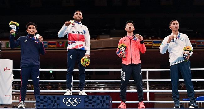 Britain's Yafai Wins Flyweight Boxing Gold, Ukrainian KO'd