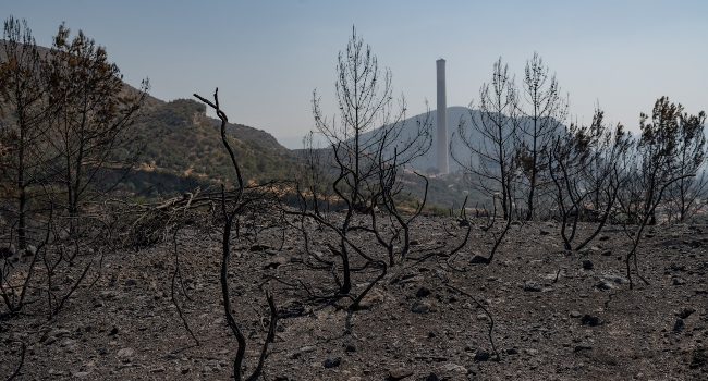 Villages Evacuated As Fresh Wildfires Hit Greece