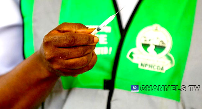 Two Nigerian States Try Out COVID Vaccine Passes