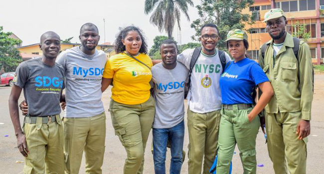 A photo showing young Nigerian graduates. Source: UNICEF