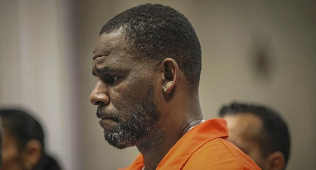 R. Kelly Jury Weighs Singer's Fate After Grim Sex Crimes Testimony