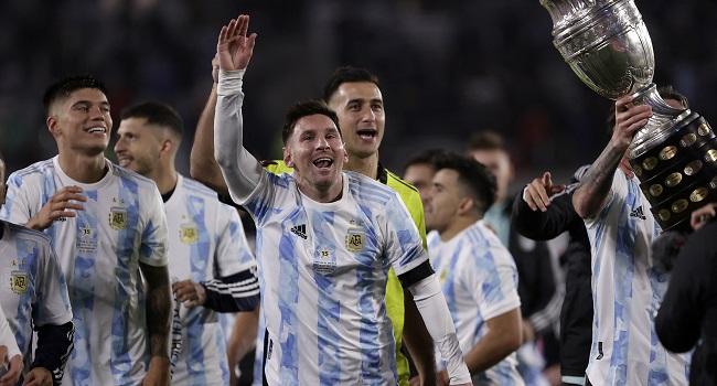 Messi Breaks Pele Goalscoring Record