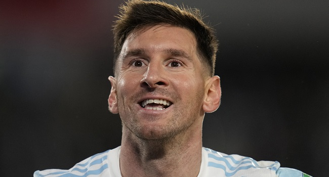 PSG Kept Waiting For Record-Setting Messi's Home Bow
