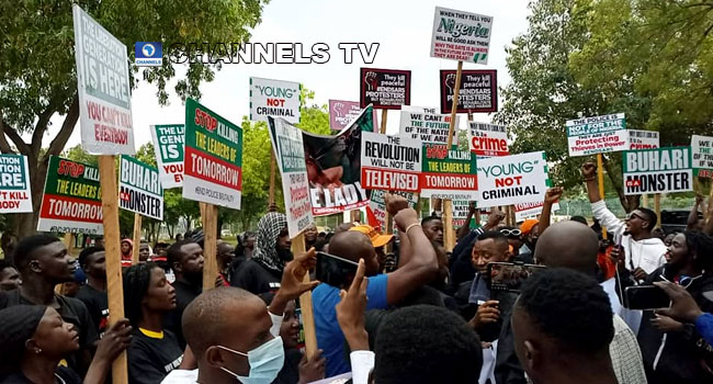 Youths Gather At Unity Fountain To Mark #EndSARS Anniversary