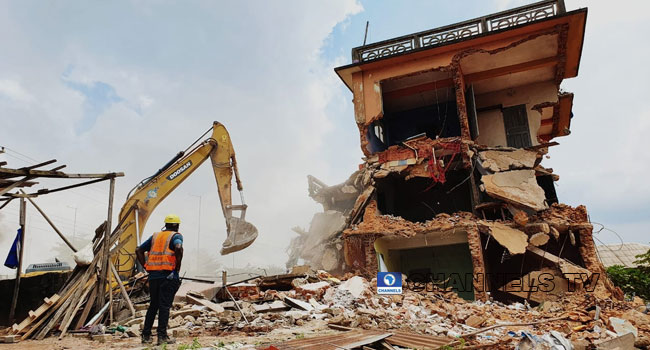 PHOTOS: One Dead, Two Rescued In Ikorodu Building Collapse