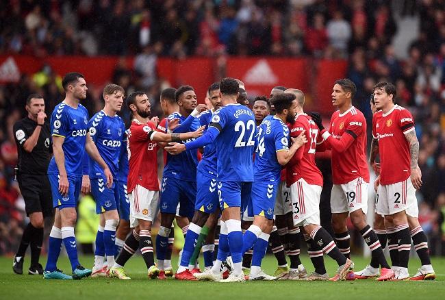 Man Utd Stumble Again As Chelsea Top Premier League