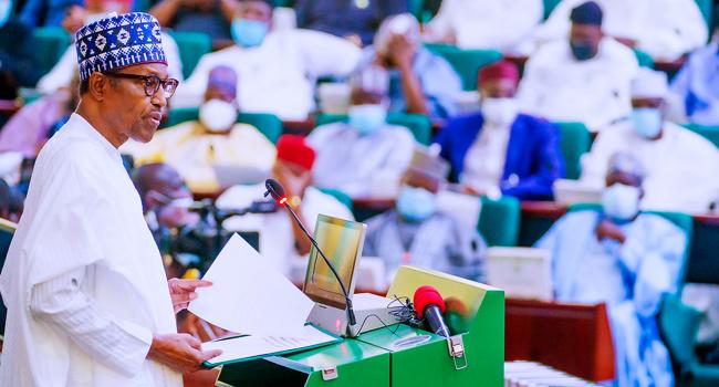 Nigeria's Debt Still at Sustainable Level, Says Buhari