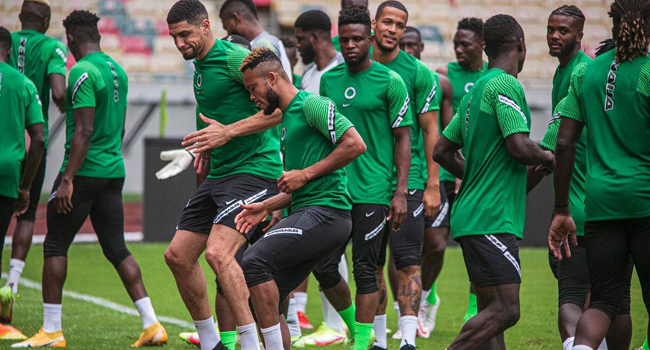 Super Eagles train in Douala, Cameroon, ahead of their World Cup Qualifying Match against Central African Republic on Sunday.