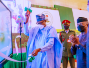 President Buhari accompanied by Vice President Yemi Osinbajo and SGF Boss Mustapha unveils the Performance Management System and Dashboard to track projects performance of all Ministries in real-time with live data during the Mid-Term Ministerial Performance Review Retreat in State House on 11th Oct 2021. Bayo Omoboriowo/State House
