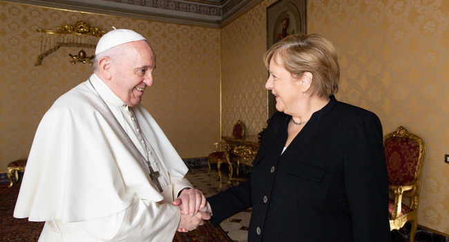 Merkel Meets Pope, Draghi In Farewell Visit To Rome